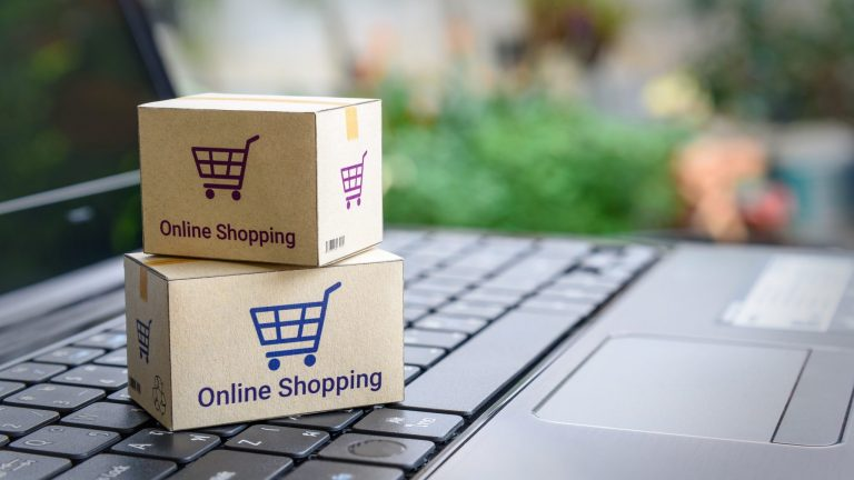 30 Online Stores That Offer Free Return Shipping